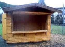 Holzhütte offen
